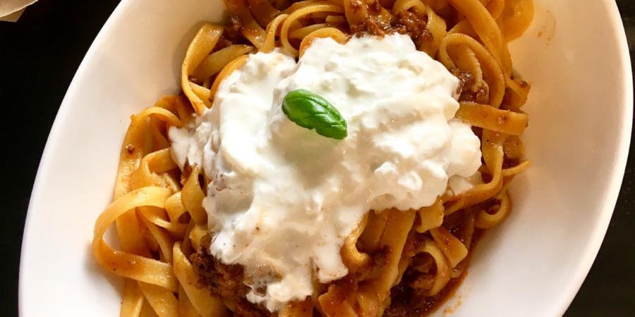 A pranzo da MiScusi, ristorante di pasta fresca a Milano - pasta al ragù