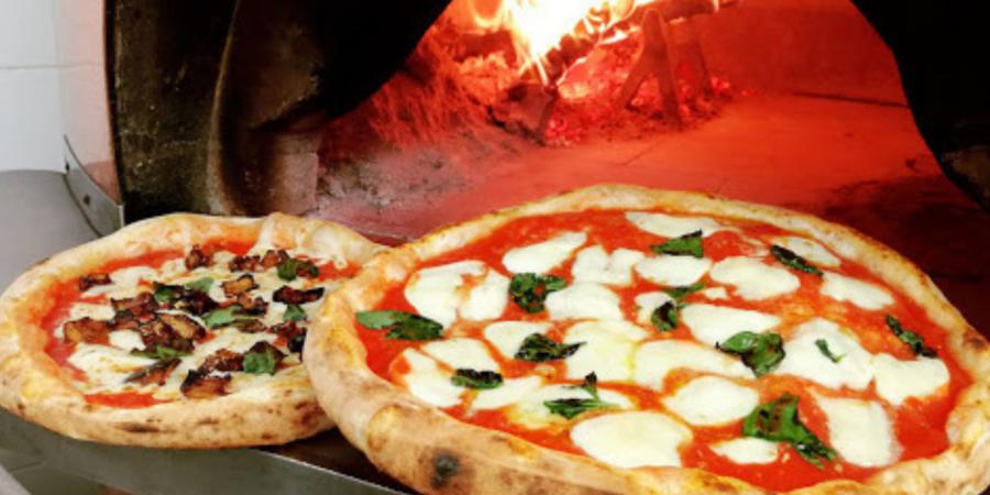 Pizza buona ed economica Milano Piccola Ischia credits loro